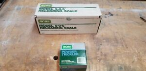 RCBS Model 505 Reloading Scale and Powder Trickler with boxes & Instructions