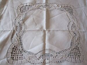 Beautiful Vintage Irish Linen Tablecloth With Crochet Lace Inserts And Edging