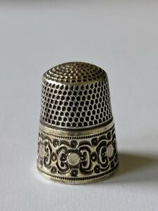 Antique Simons Bros Sterling Gold Band Thimble