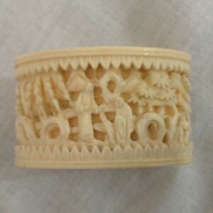 Very Fine Old Napkin Ring Chinese