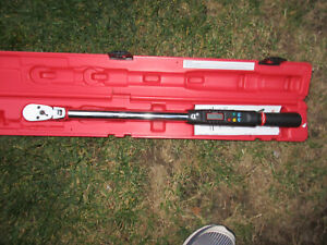 Mac Twva250fd 1 2 Drive Electronic Angle Torque Wrench 15 250 Ft Lbs With Case