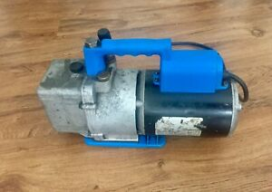 Spx Robinair Cooltech Two Stage High Performance Vacuum Pump 1 3 Hp
