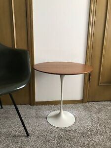 Early Knoll Eero Saarinen Walnut Tulip Side Table