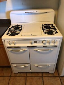 1950s Wedgewood Gas Stove Great Condition