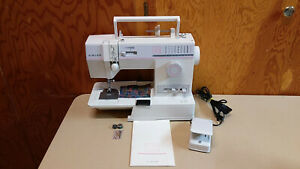 Singer 9010 Machine Heavy Duty Leather Upholstery Serviced Portable Free Arm