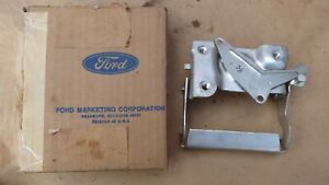 Nos 1973 1979 Ford Truck Tail Gate Latch Release Handle Original F100 F150 F250