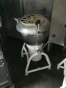 Hobart Vcm 40 Vertical Chopper Cutter Mixer Pizza Dough Machine Vcm40 Stephan