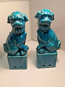 Pair Of Antique Turquoise Porcelain Chinese Foo Dogs 13 High W Glass Display