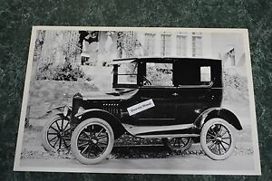 12 By 18 Black White Picture 1924 Ford Model T 2 Door Side View