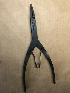 Snap On Srp3a Snap Ring Pliers 3 32 Wide Straight Tip 1 16 Thick End 8 7 8