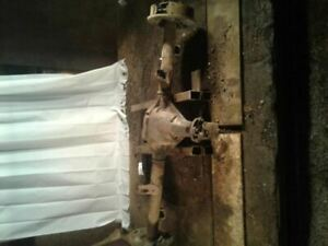 Rear End Axle Assembly 98 1998 Ford Ranger 7 5 Ring Gear 4 10 Ratio
