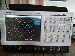 Tektronix Tds7104 1ghz 10gs s Oscilloscope Dso With 16gb Ssd Drive