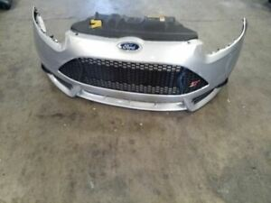 2013 2014 Ford Focus St Front Bumper Scratches Broken Tab 17227