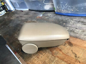 2000 2007 Ford Focus Center Console Arm Rest Lid Cover Tan