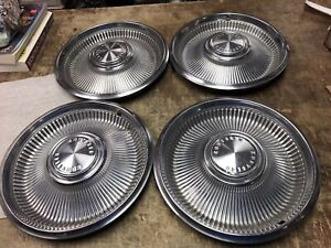 Vintage 1960s Chrysler Hubcaps Lot Of 4 14 Inch