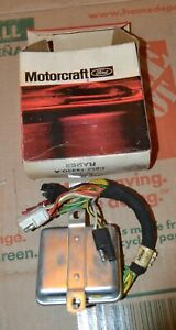 Nos 67 69 Thunderbird Directional Light Sequential Flasher Sf 107 C8sz 13350 a