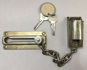 Vintage Brass Security Keyed Chain Deadbolt Door Lock Ilco Core 2 Keys