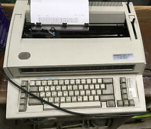 Ibm Personal Wheelwriter 2 By Lexmark Electronic Typewriter 6781 025