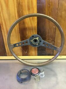 Fiat 124 Spider Wooden Steering Wheel With Cap Very Nice Condition F2468