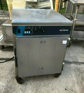 2015 Alto shaam 750 th ii Warming Cabinet Halo Heat Slow Cook Hold