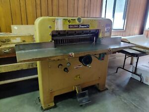 Challenge Champion Hydraulic Paper Cutter Size 305 Model Mc W 4 Blades working