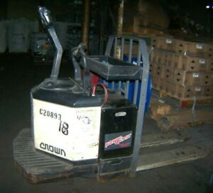Crown Electric Riding Pallet Jack Pe 3540 60 Ride On 6000 Lbs Cap W 24v Charger
