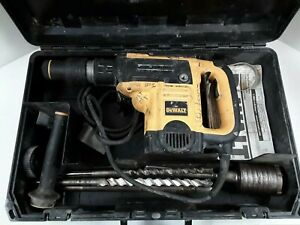 Dewalt D25501 1 9 16 Sds Max Rotary Combination Hammer W Case And Bits