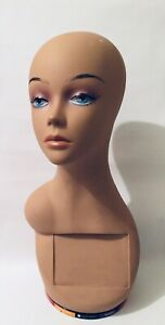 Female Mannequin Wig Head Display Form With Turn Table Swivel Base 18
