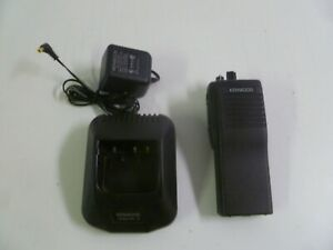 Working Kenwood Tk 190 2 35 50 Mhz Low Band Two Way Radio Tk 190 Ksc 19 Charger
