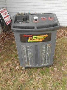 Snap on Coolant Exchange Machine Eese336 With Hoses Fittings