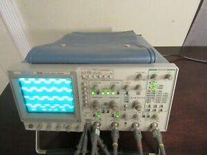 Tektronix 2246 Analog Oscilloscope 100 Mhz 4 Channelincludes Probe