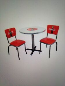 Mint NRFB Coca Cola table with 4 chairs 1990's