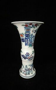 Fine Chinese Old Doucai Hand Painted Porcelain Vase Qianlong Mark