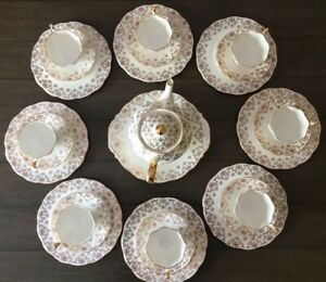 Rare Vintage Queen Anne Tea Set Bone China England 26 Pcs 5483