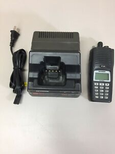 Harris P7300 Model Maev s7hxx Hand Held Radio W Charger No Battery