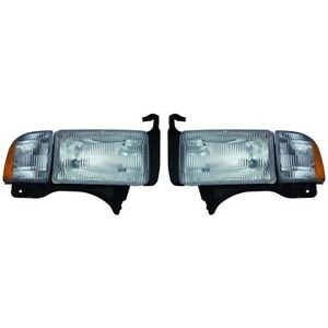 Fits 2000 2002 Dodge Ram 1500 Head Light Pair W o Sport capa