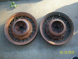 Pair Vintage 1934 35 36 Chevy Wire Wheels 17 5 Lug Gm Bomb Standard 33 34 37 39