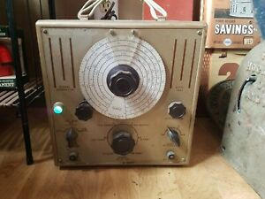 Triplett Signal Generator Af rf Model 2432 Test Equipment Vacuum Tube Ham Radio