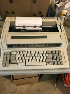 Ibm Wheelwriter 30 Series Ii Electronic With Display