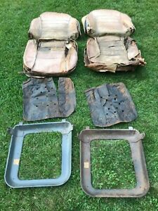 Pair Of Seats For Alfa Romeo 2000 Touring Spider type 102