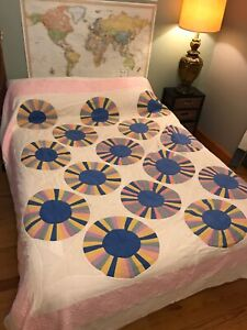 Vtg 1940 S Quilt Hand Stitched Quilted Multi Rainbow Circle Pastel Colors 90x100