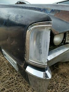 1970 Cadillac Eldorado Coupe Rh Passenger Fender Marker Light Chrome Bezel
