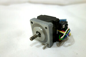 Warner Electric Micro Slo syn Stepper Motor Sm 200 0012 Hi 1 8 Vdc Feedback