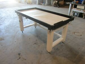 Newport Vh 3060 opt Vibration Table Used