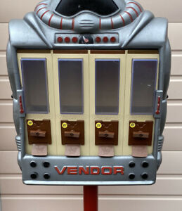 Rare Vintage 1988 Vendall Vendor Robot Gum Ball Vending Machine With Keys