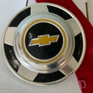 D 1 Chevy Truck 73 87 Dog Dish Hubcap 10 75 In 1 2 Ton