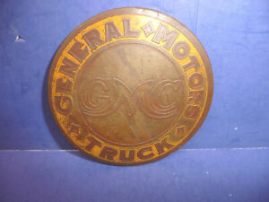 Vintage 1930 General Motors Truck Round Radiator Emblem Badge Ct27