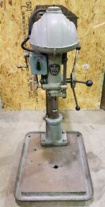 Walker Turner Table Top Drill Press 5 Speed 3mt 6 Quill 1hp 3 Phase very Nice