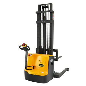 177 High Full electric Straddle Stacker 3300lbs Free Lift Height 61