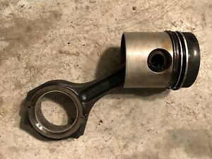 John Deere 5020 Connecting Rod R40238 And Piston